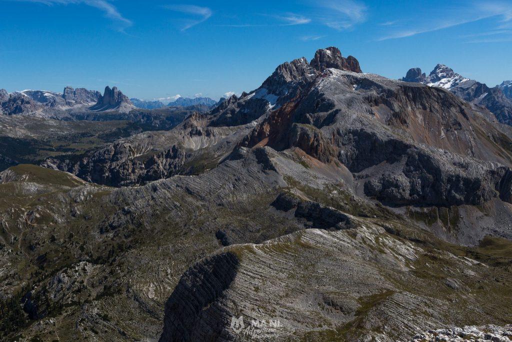 Il versante ovest della Croda Rossa d'Ampezzo nel Parco Naturale Fanes Sennes Braies